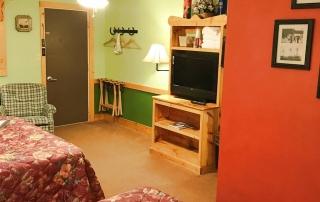 Room-04-Front-Hidden-Valley-Motel
