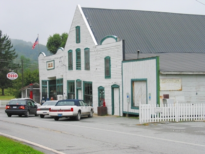 Photo of the Old Mast Store