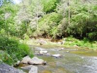Hike-River-Hidden-Valley-Motel